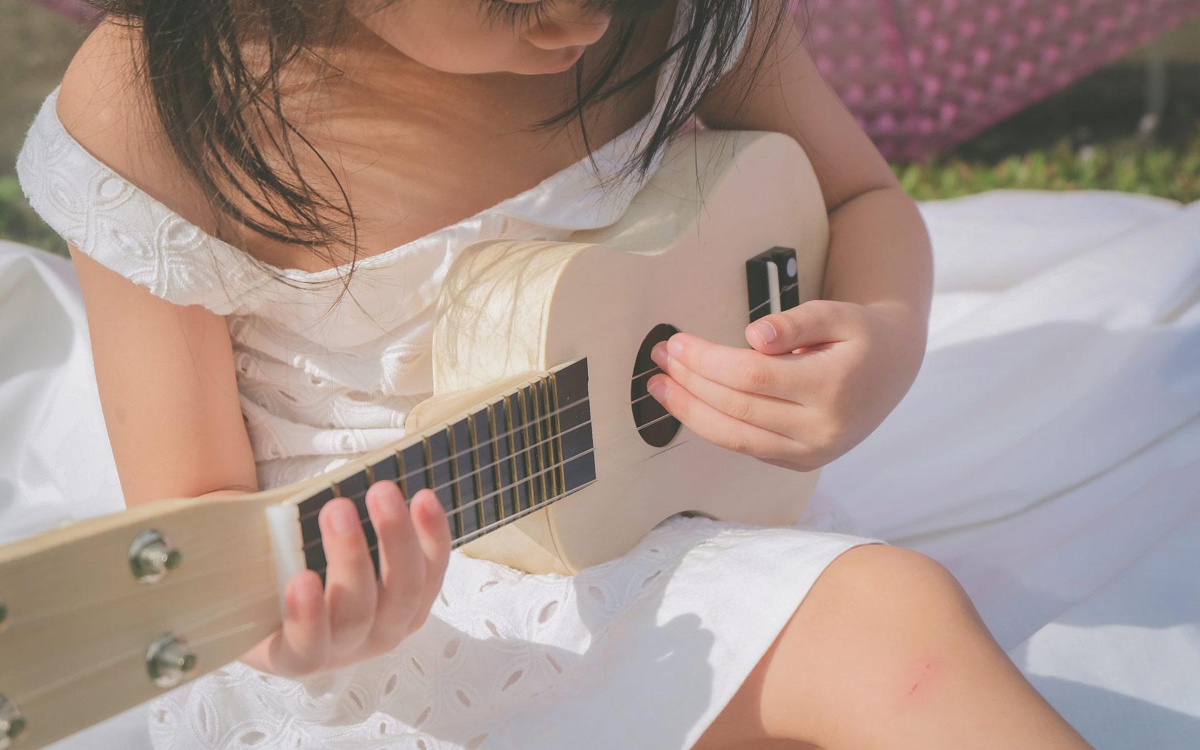 想唱英文兒歌給嬰幼兒聽?精選5首超簡單童謠+歌詞+介紹